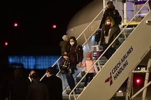Vyhoštění diplomaté s rodinami