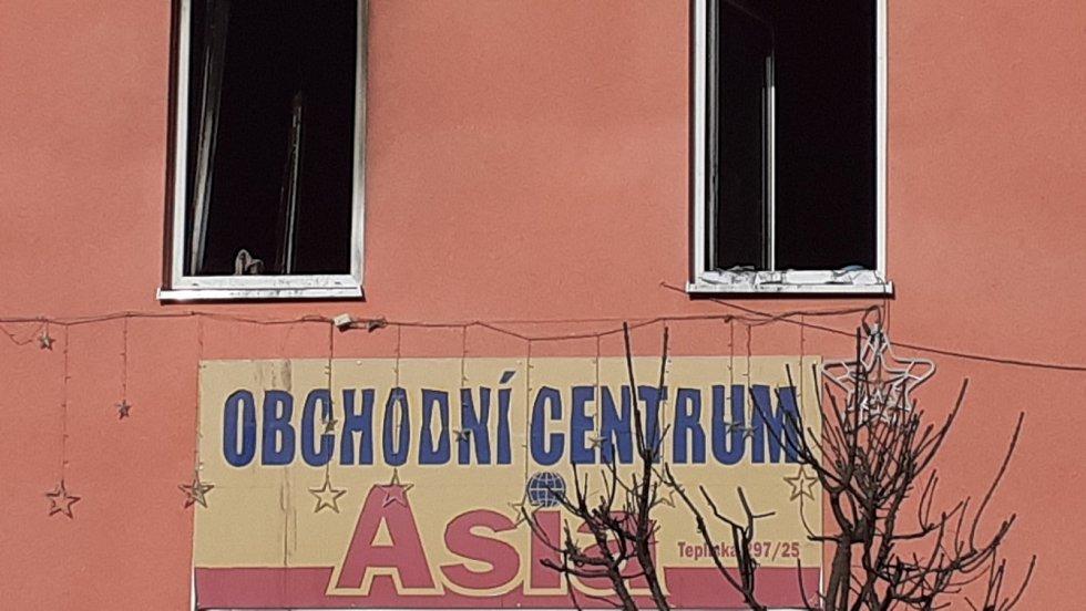Vyhořelý dům v Duchcově