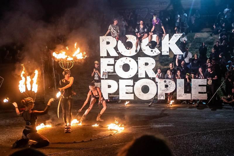 Rock for People. Každý rok přiláká do Hradce králové desetitisíce návštěvníků.