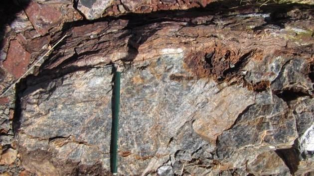 Oblast Pilbara v severní části západní Austrálie patří geologicky k nejstarším na Zemi. Díky tomu ukrývá stopy života ze samotného počátku jeho existence