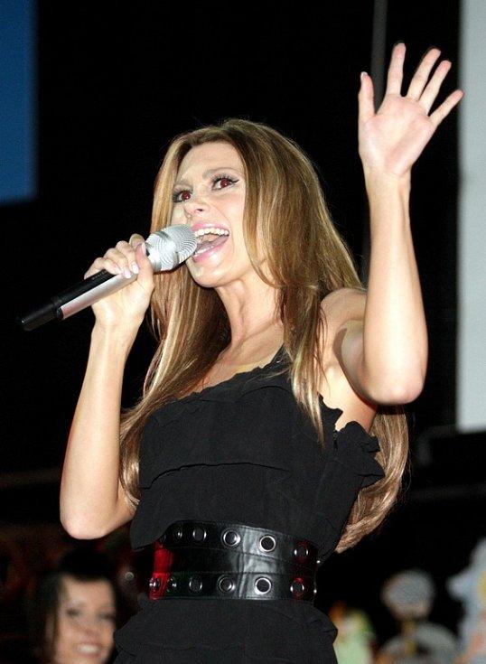 Miss panenka - na snímku zpěvačka Tereza Kerndlová.
