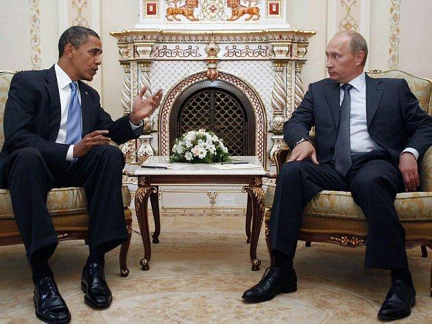 Americký prezident je právě v Moskvě. Na místní ekonomické fakultě pronesl důležitý projev.