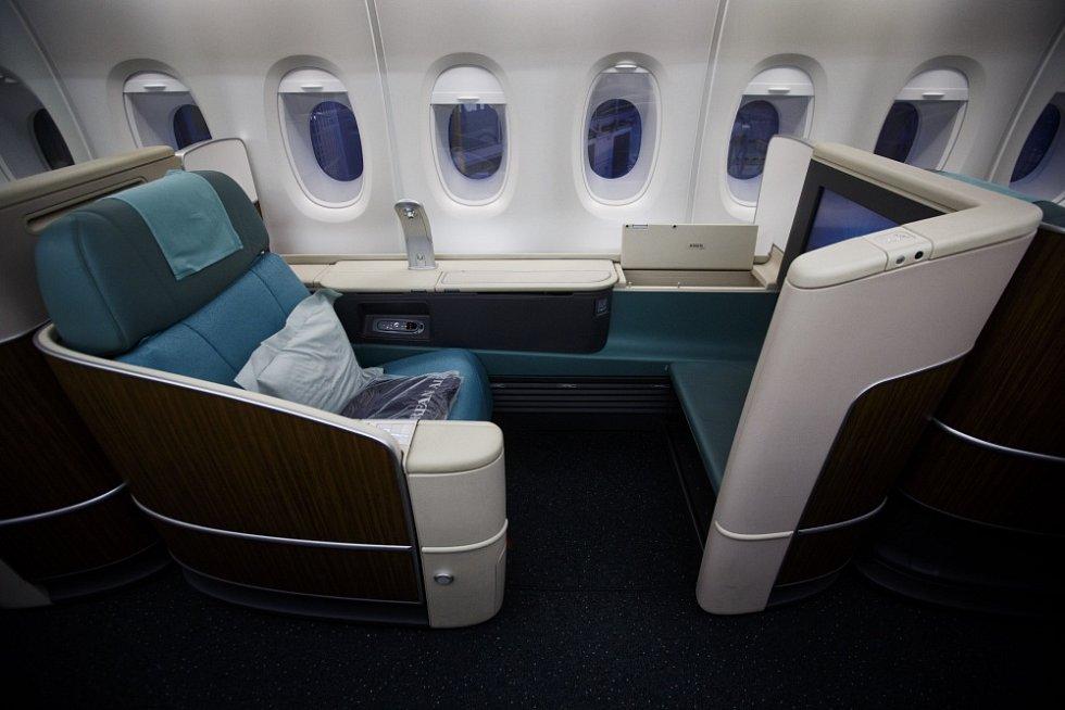 Na Letiště Václava Havla Praha přístálo 14. března největší dopravní letadlo světa Airbus A380 Korean Air. První třída, tzv. superclass s vlastní audiovizuálním systémem.