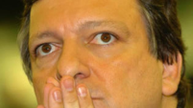 Šéf komise Barroso zrušil minisummit. Prý aby předešel zhoršení vztahů v EU.