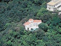 Čtyřložnicový dům v Hong Kongu je nabízen za 9,7 miliardy korun.