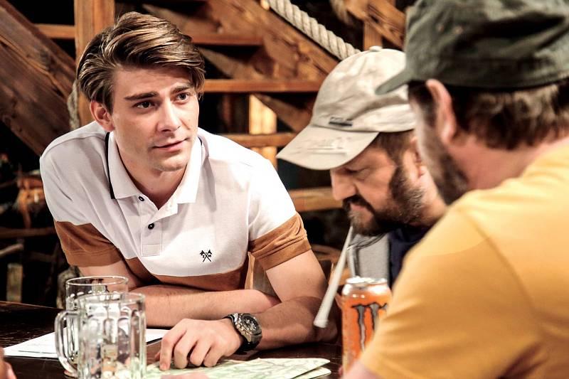 Marek Lambora (vlevo) v jedné z hlavních rolí nového seriálu TV Prima Slunečná.