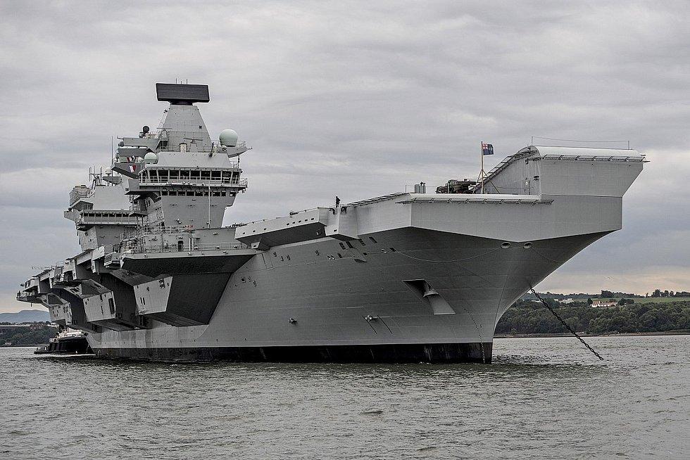 HMS Queen Elisabeth