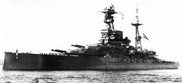 Válečná loď Royal Oak. První bojové plavidlo, které Britové ztratili v druhé světové válce