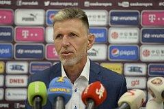 Jaroslav Šilhavý nominoval na Slovensko a Ukrajinu.