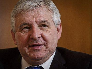 Červenec - Své funkce se ujal nový guvernér ČNB Jiří Rusnok.