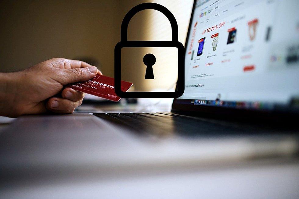 K platbě na internetu je potřeba od roku 2021 mít tzv. chytré bankovnictví.