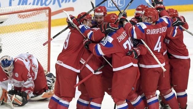 """Hokejisté Ruska porazili ve čtvrtfinále MS """"20"""" Dánsko"""