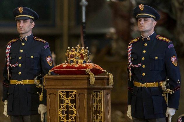 Slavnostní bohoslužba k700. výročí narození císaře Karla IV. proběhla 14.května vkatedrále sv. Víta vPraze.
