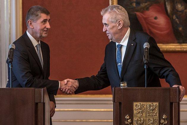 Prezident Miloš Zeman jmenoval 13.prosince na Pražském hradě menšinovou vládu Andreje Babiše.