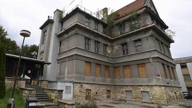 Někdejší sanatorium pro komunistické prominenty na Malvazinkách