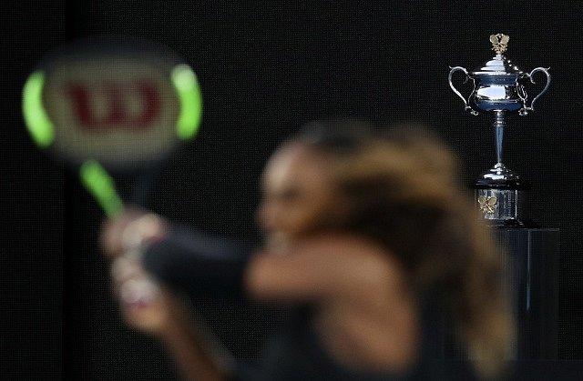 Serena Williamsová vyhrála Australian Open a znovu bude jedničkou