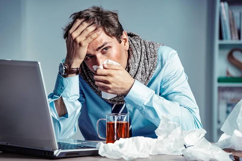 V podzimní a zimní sezóně jsou běžné chřipkové viry