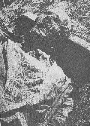 Exhumované tělo jedné z obětí masakru ve Vinnycji