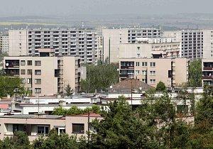 Ceny bydlení rostou, sociální byty chybí. Milionovým dotacím navzdory
