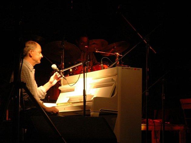 Hudebník, básník a spisovatel Filip Topol zemřel ve středu 19. června.