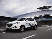 Hyundai ix35 Fuel Cell jezdí na vodík.