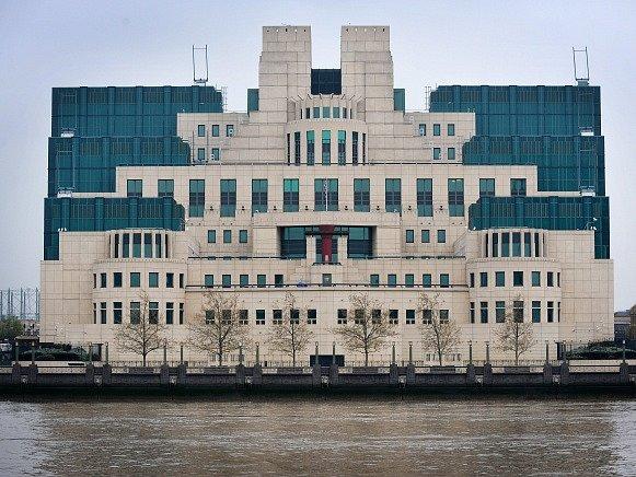 Sídlo britské tajné služby v Londýně.