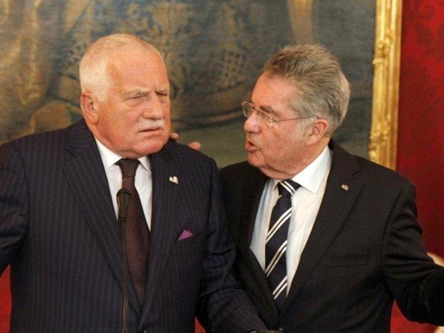 Prezident Václav Klaus se svým rakouským protějškem Heinzem Fischerem.