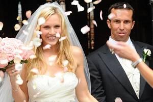 Tenista Radek Štěpánek a bývalá sedmá tenistka světa Nicole Vaidišová vstoupili do svazku manželského 17. července v katedrále sv. Víta v Praze.