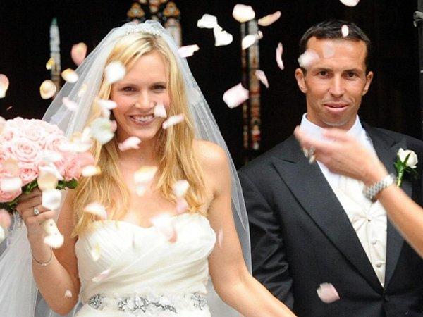 Tenista Radek Štěpánek a bývalá sedmá tenistka světa Nicole Vaidišová vstoupili do svazku manželského 17.července vkatedrále sv. Víta vPraze.