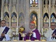 Pražský arcibiskup kardinál Dominik Duka sloužil 18. prosince v katedrále sv. Víta, Václava a Vojtěcha zádušní mši za bývalého prezidenta Václava Havla, který zemřel před pěti lety.