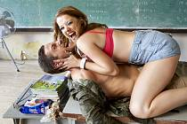 Z pokračování filmu Fakjú pane učiteli.