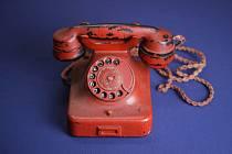 Hitlerův telefon se na aukci prodal za téměř čtvrt milionu dolarů