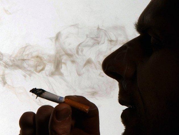 Prevence? Základem je nekouřit. Rakovina plic je třicetkrát častější u kuřáků.