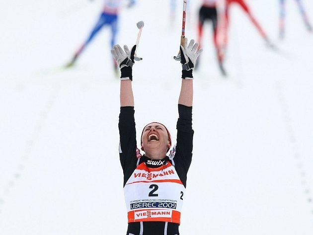 Mistryní světa v běhu na 30 km volnou technikou se na MS v Liberci stala Justina Kowalczyková.