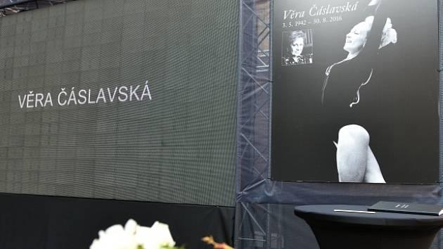 rozloučení s Věrou Čáslavskou