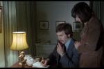 Pak začal vydírat její rodinu (záběr z filmu Black Panther z roku 1977)