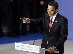 Barack Obama na summitu NATO ve Štrasburku