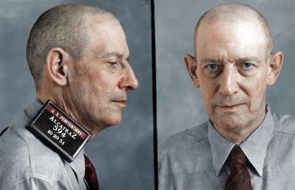 Robert Stroud v průběhu svého víc než čtyřicetiletého věznění