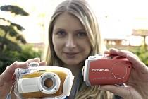Digitální kompaktní fotoaparáty Olympus mju-mini Digital.