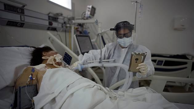 Pacientka v nemocnici v Buenos Aires