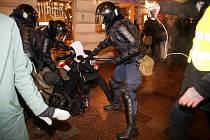 Ruská policie zatýká v Moskvě stoupence opozičního předáka Alexeje Navalného