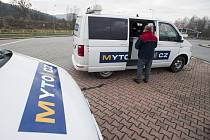 Dodávka pro pořízení palubní jednotky pro nový mýtní systém - ilustrační foto