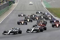 Závod vozů formule 1 - ilustrační foto