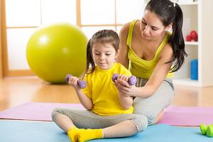 Děti a cvičení - Ilustrační foto