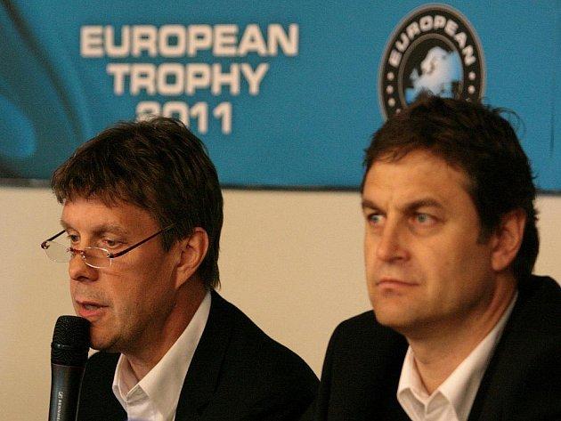 Ředitel turnaje European Trophy Bo Lennartsson (vlevo) a předseda představenstva Sparty Petr Bříza.
