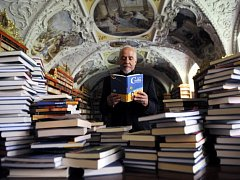 Spisovatel Paulo Coelho.