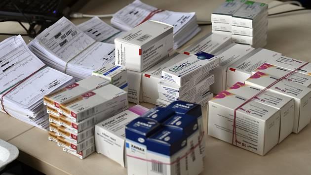 Léky a recepty - ilustrační foto.