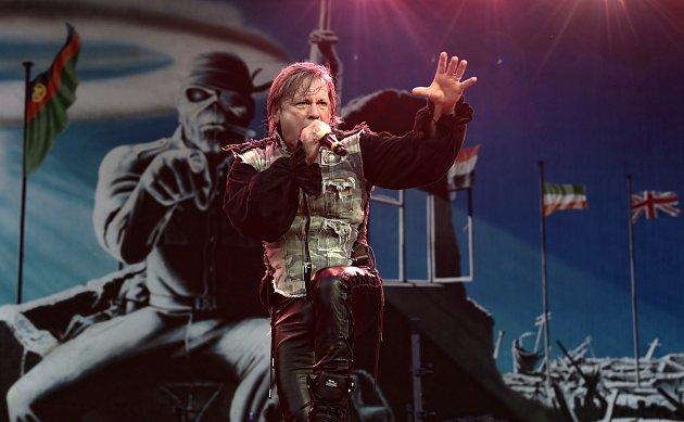Britská heavymetalová skupina Iron Maiden vystoupila ve středu 20.června vLetňanech.