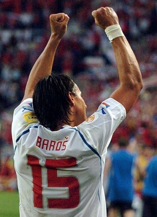 Dánského brankáře překonal Milan Baroš na Euru 2004 hned dvakrát.