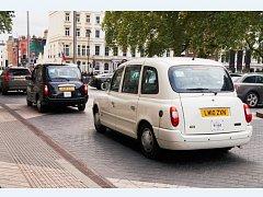 taxi v Londýně
